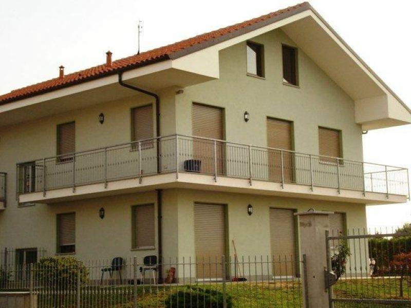 Appartamento in affitto a San Francesco al Campo, 4 locali, zona Località: Centrale, prezzo € 500   PortaleAgenzieImmobiliari.it