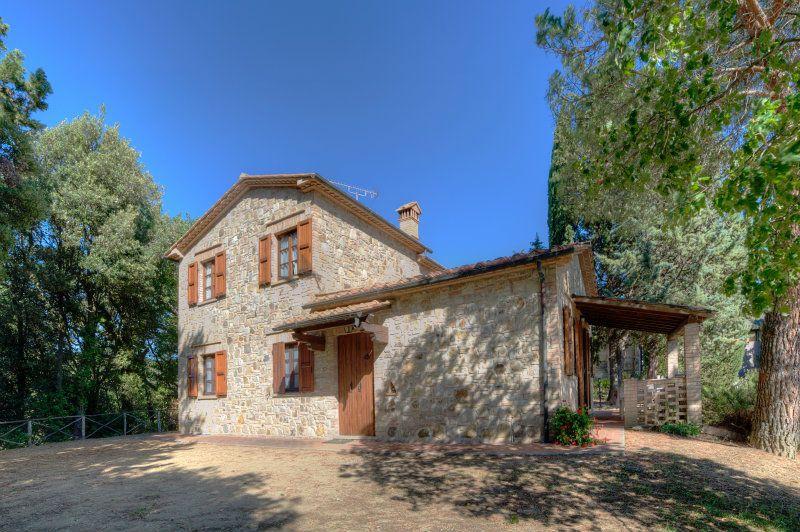 Negozio / Locale in vendita a Volterra, 25 locali, zona Zona: Ulignano, Trattative riservate | CambioCasa.it