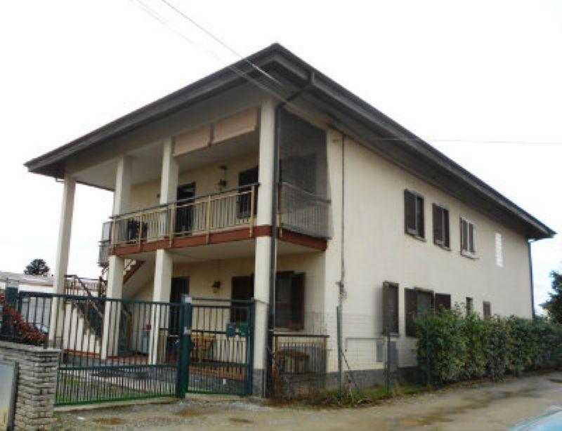 Appartamento in affitto a San Francesco al Campo, 2 locali, zona Località: Centrale, prezzo € 350   PortaleAgenzieImmobiliari.it