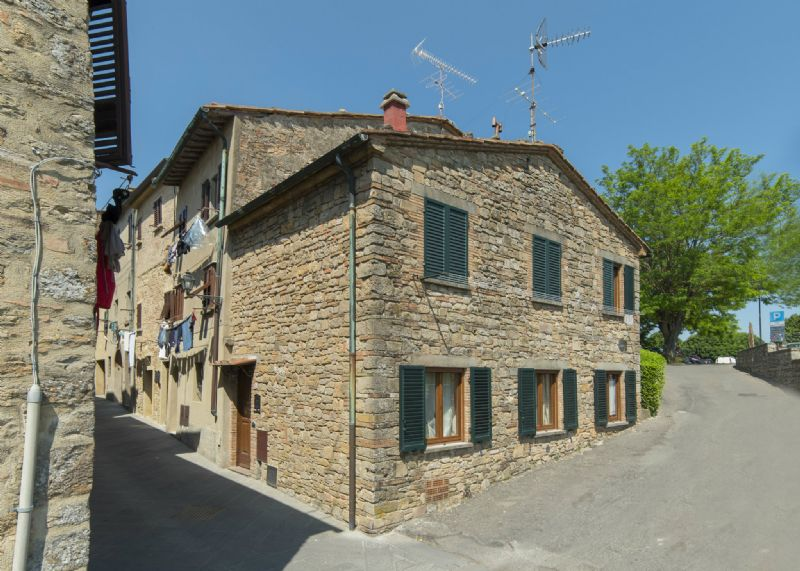 Apartment for Sale to Volterra