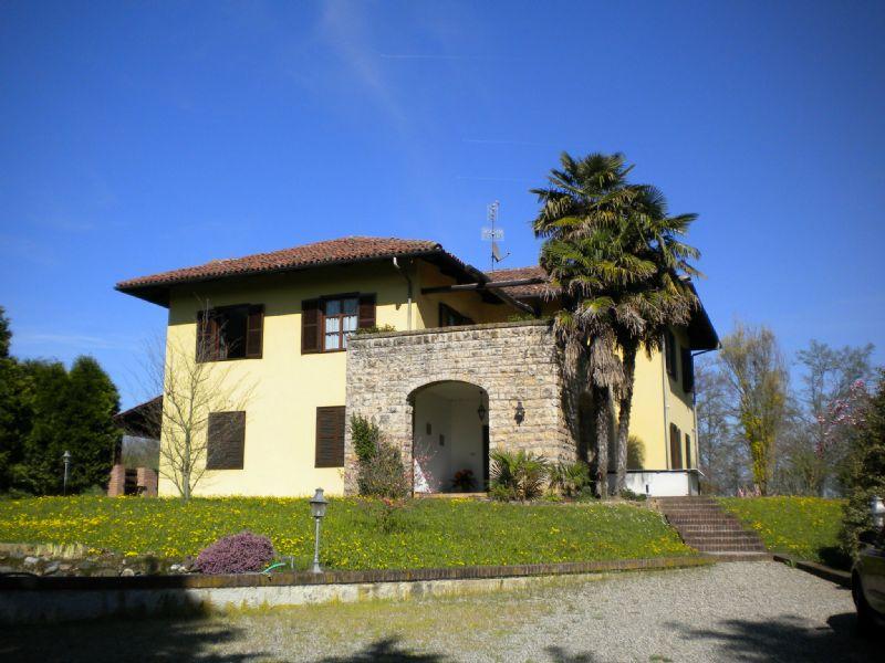 Foto 1 di Villa Corso Vittorio Emanuele, Andezeno