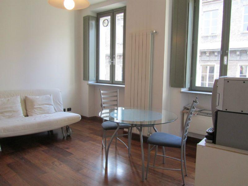 Appartamento in affitto a torino cod a010 for Appartamento design torino affitto