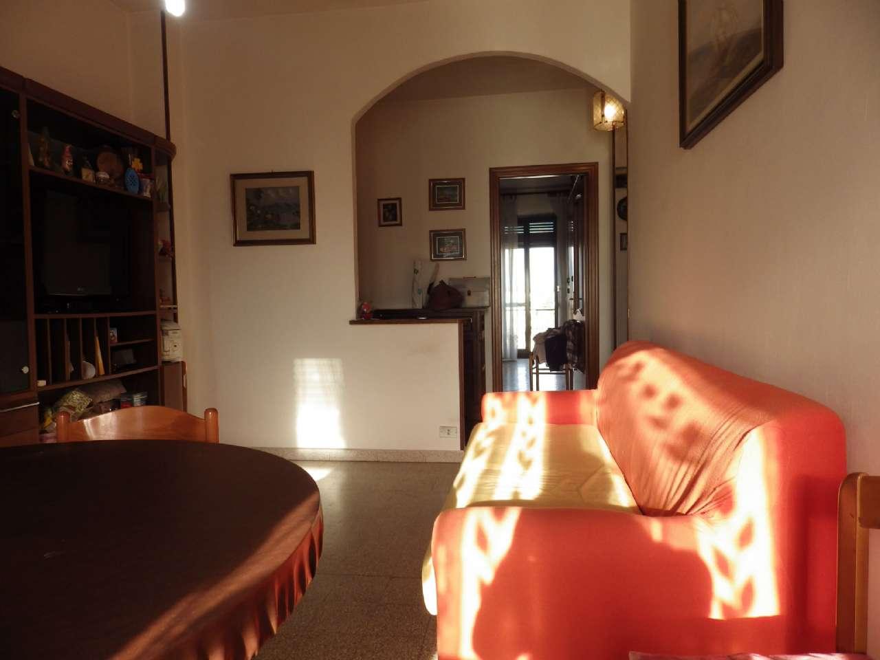 Appartamento in vendita a Collegno, 3 locali, zona Località: Collegno, prezzo € 75.000 | CambioCasa.it