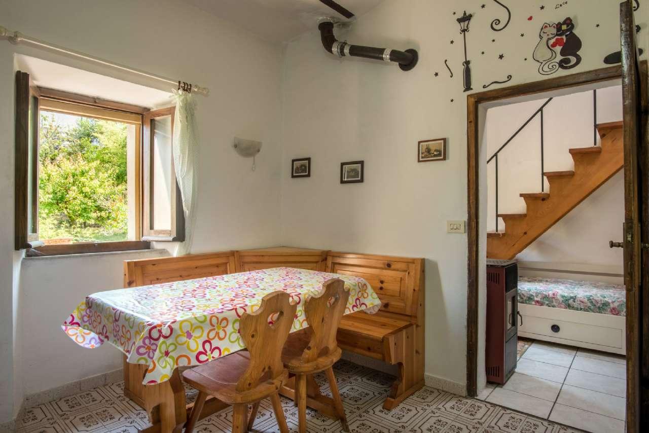 Appartamento in vendita a Volterra, 3 locali, prezzo € 60.000 | CambioCasa.it