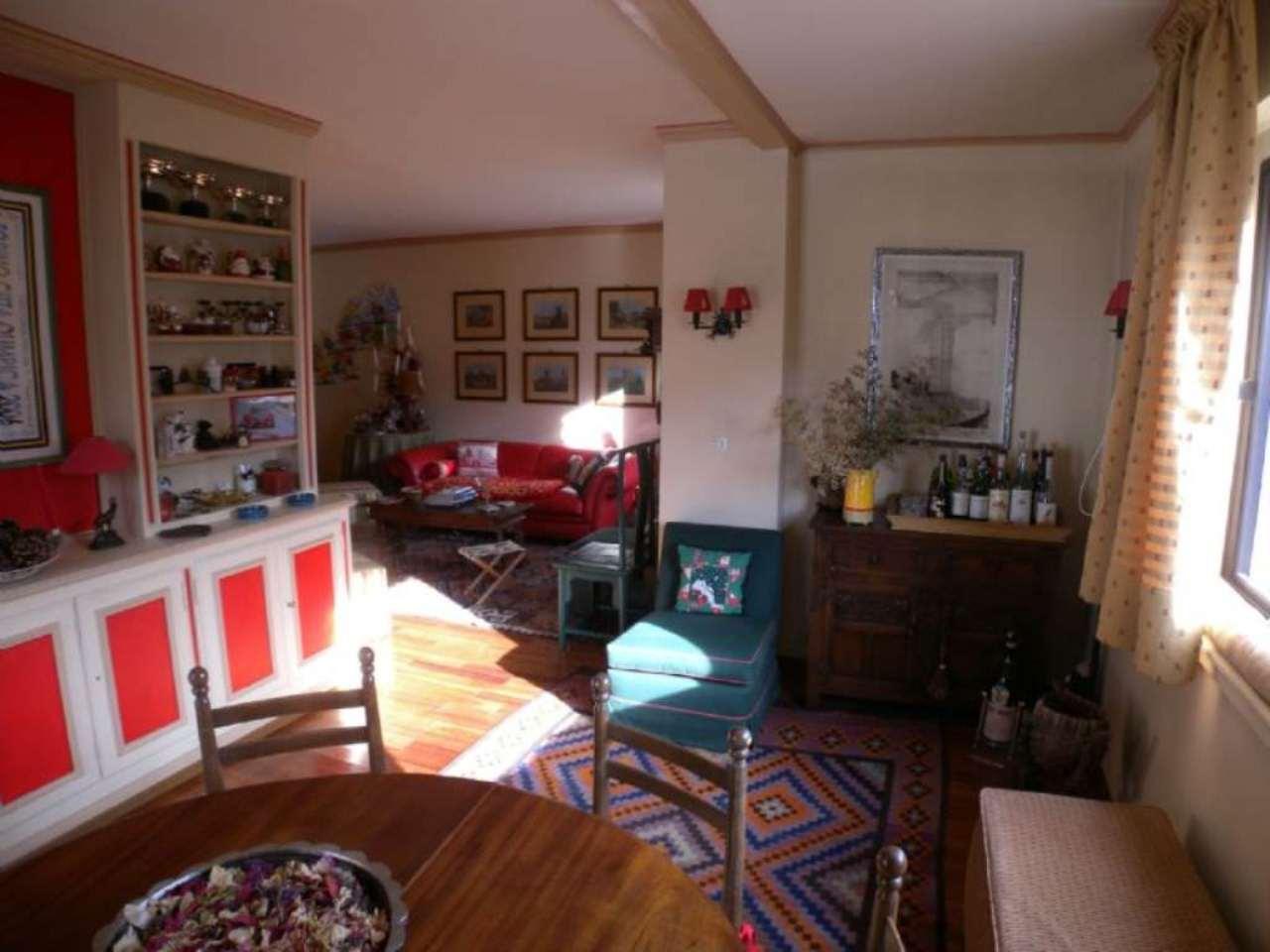 Appartamento in vendita a Sestriere, 7 locali, zona Località: FrontePiste, prezzo € 540.000 | CambioCasa.it
