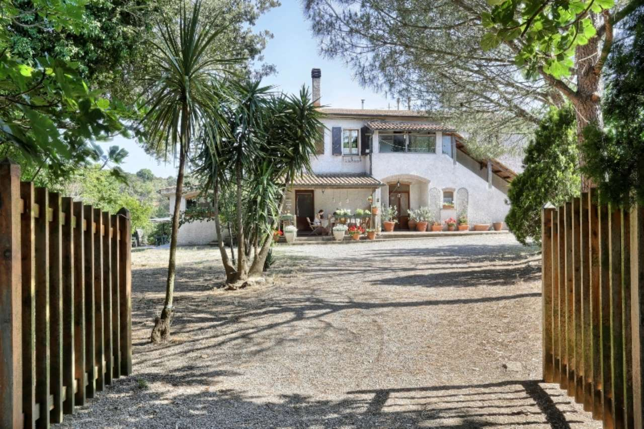 Rustic for Sale to Piombino