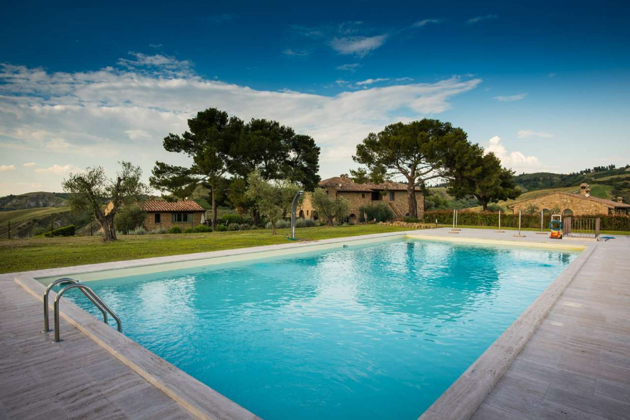 Semi-Detached House for Sale to Volterra