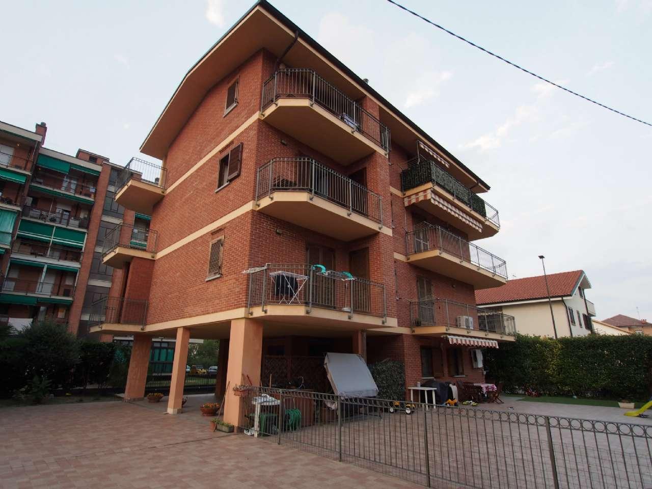 Appartamento in vendita a Rivoli, 2 locali, zona Località: RivoliViaCaselle, prezzo € 130.000 | CambioCasa.it