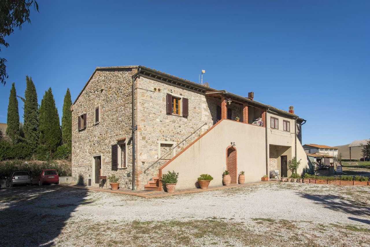 Porzione di casa in Vendita a Volterra