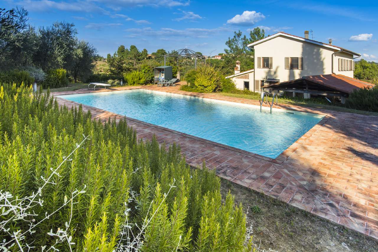 Indipendent house for Sale to Palaia