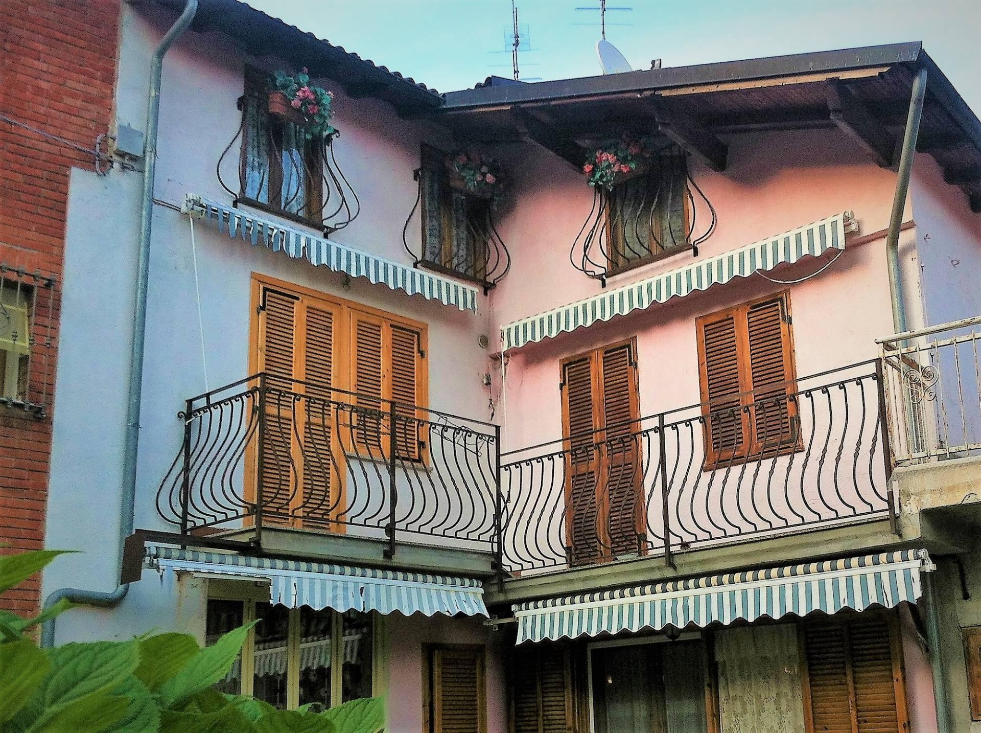 Foto 1 di Casa indipendente via Mazzarelli, Garessio