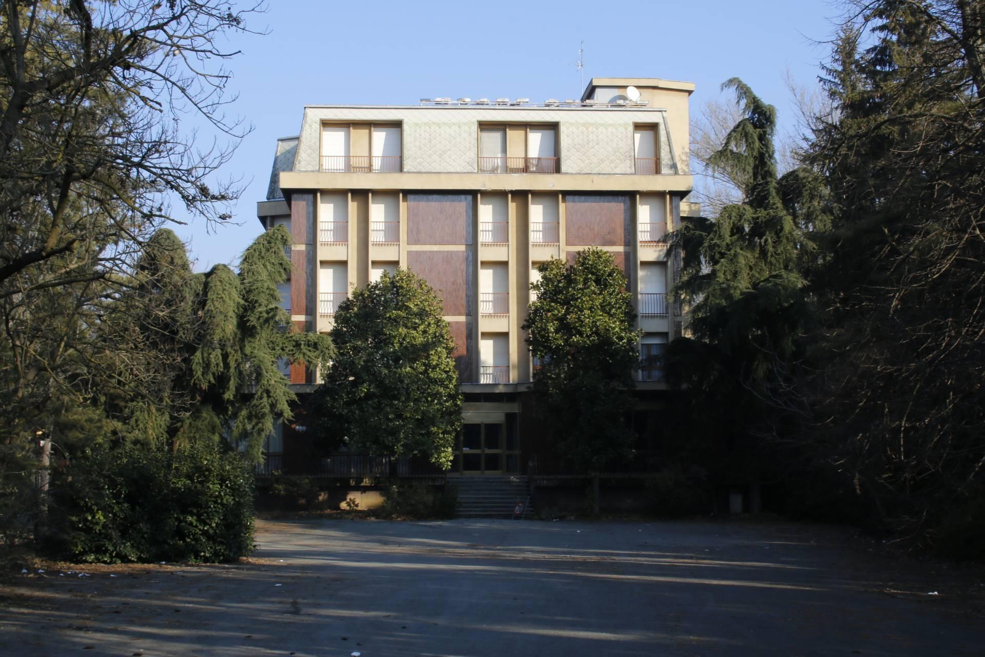 Palazzo/Palazzina/Stabile in vendita - 2633 mq