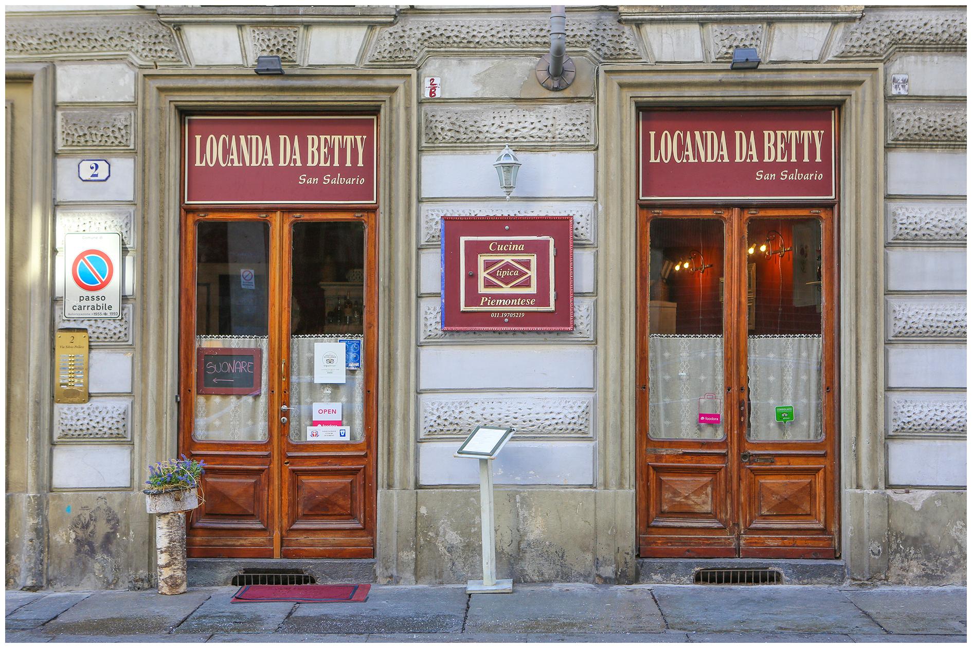 Cessione attività in vendita Zona Centro - San Salvario-Via Silvio Pellico Torino