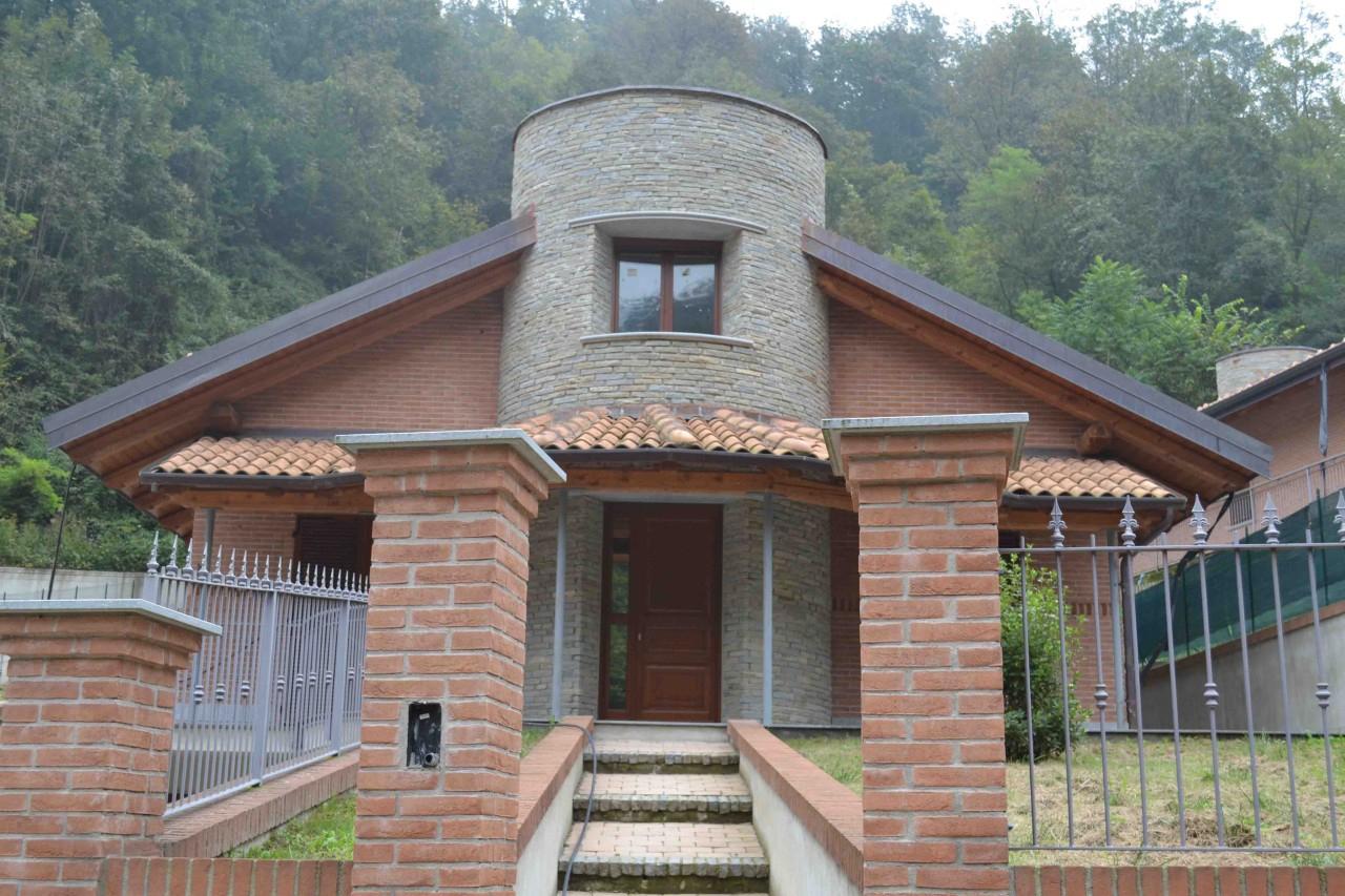 Villa in vendita Castiglione Torinese-Strada Rivodora Castiglione Torinese