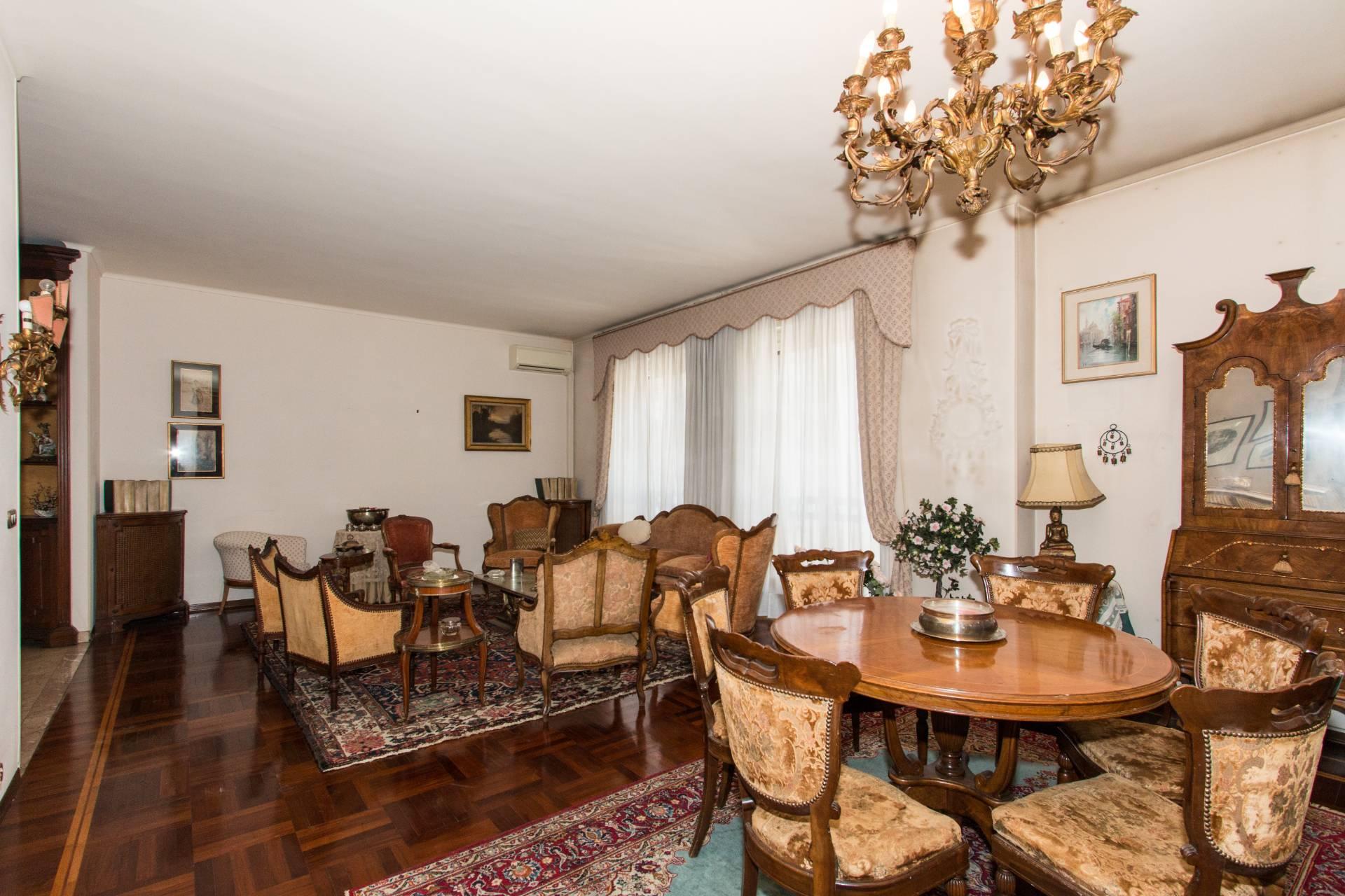 Appartamento, 257 Mq, Vendita - Torino (Torino)