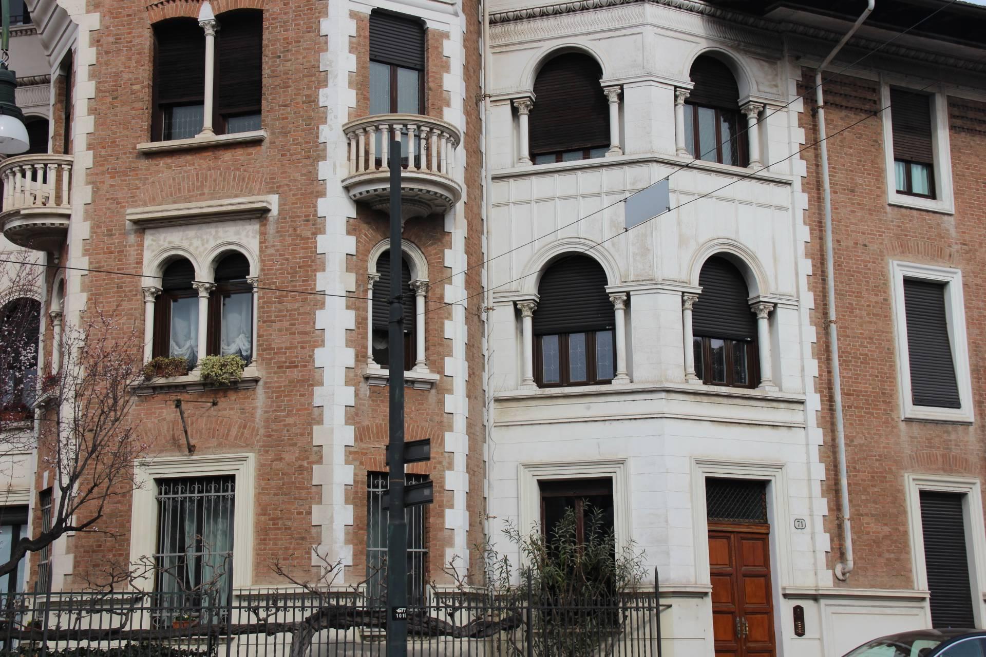 Appartamenti in affitto a torino for Appartamento arredato torino