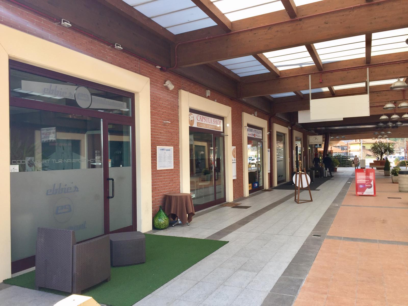 Negozio / Locale in vendita a San Francesco al Campo, 9999 locali, zona Località: Centrale, prezzo € 110.000 | PortaleAgenzieImmobiliari.it