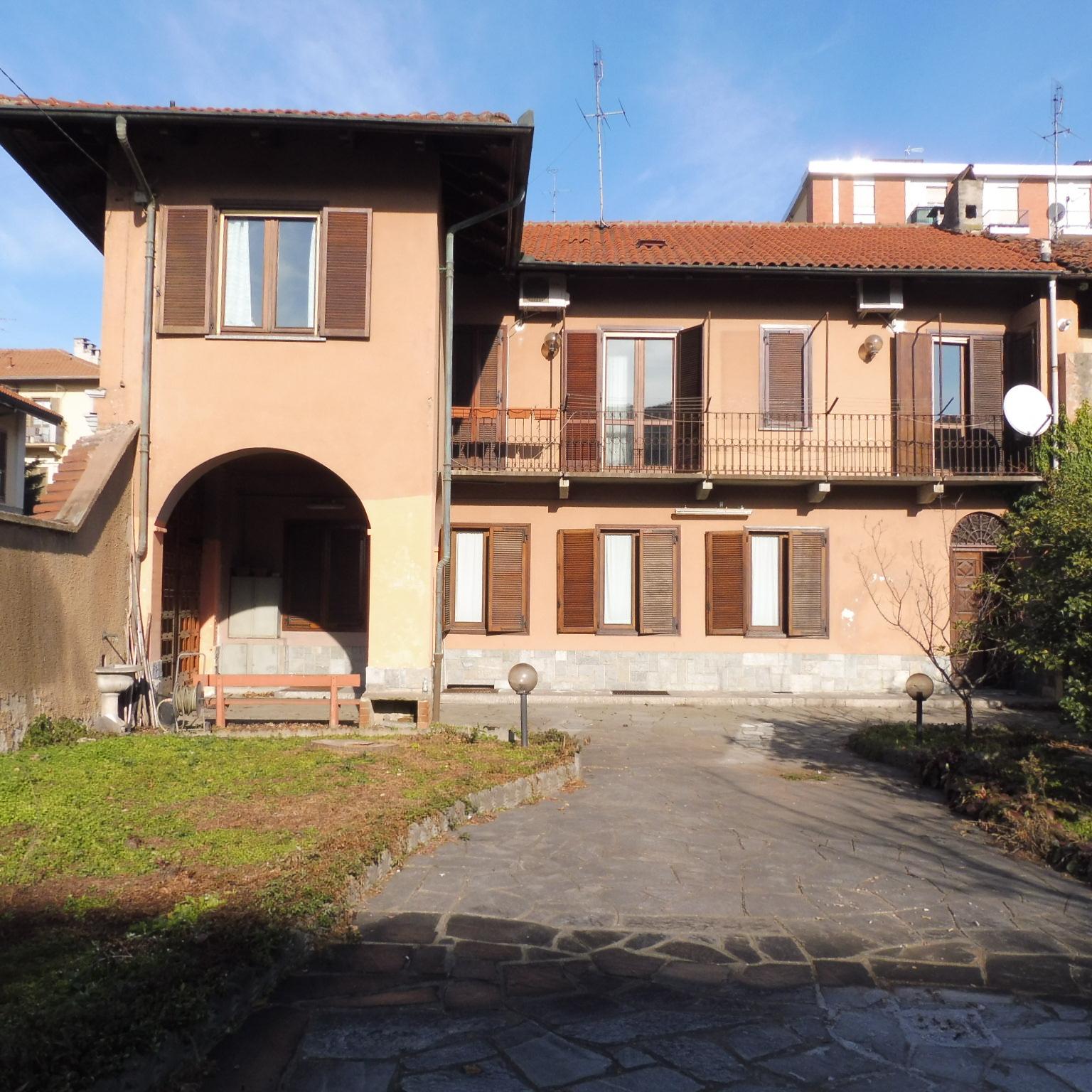 Foto 1 di Casa indipendente via Perotti, Grugliasco