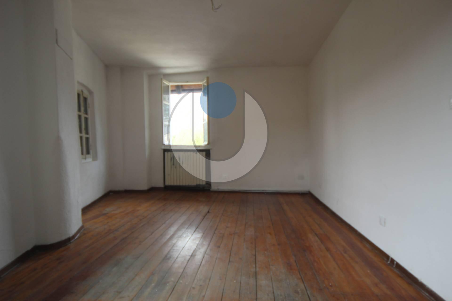 Appartamento in affitto a moncalieri cod via 4384 for Affitto moncalieri privato arredato