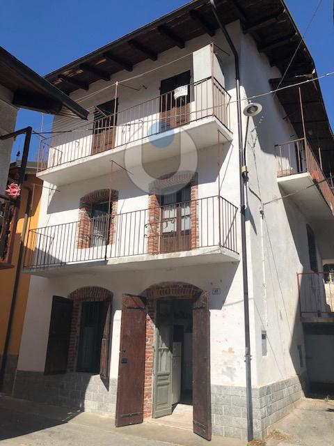 Foto 1 di Rustico / Casale frazione Molino, Valloriate