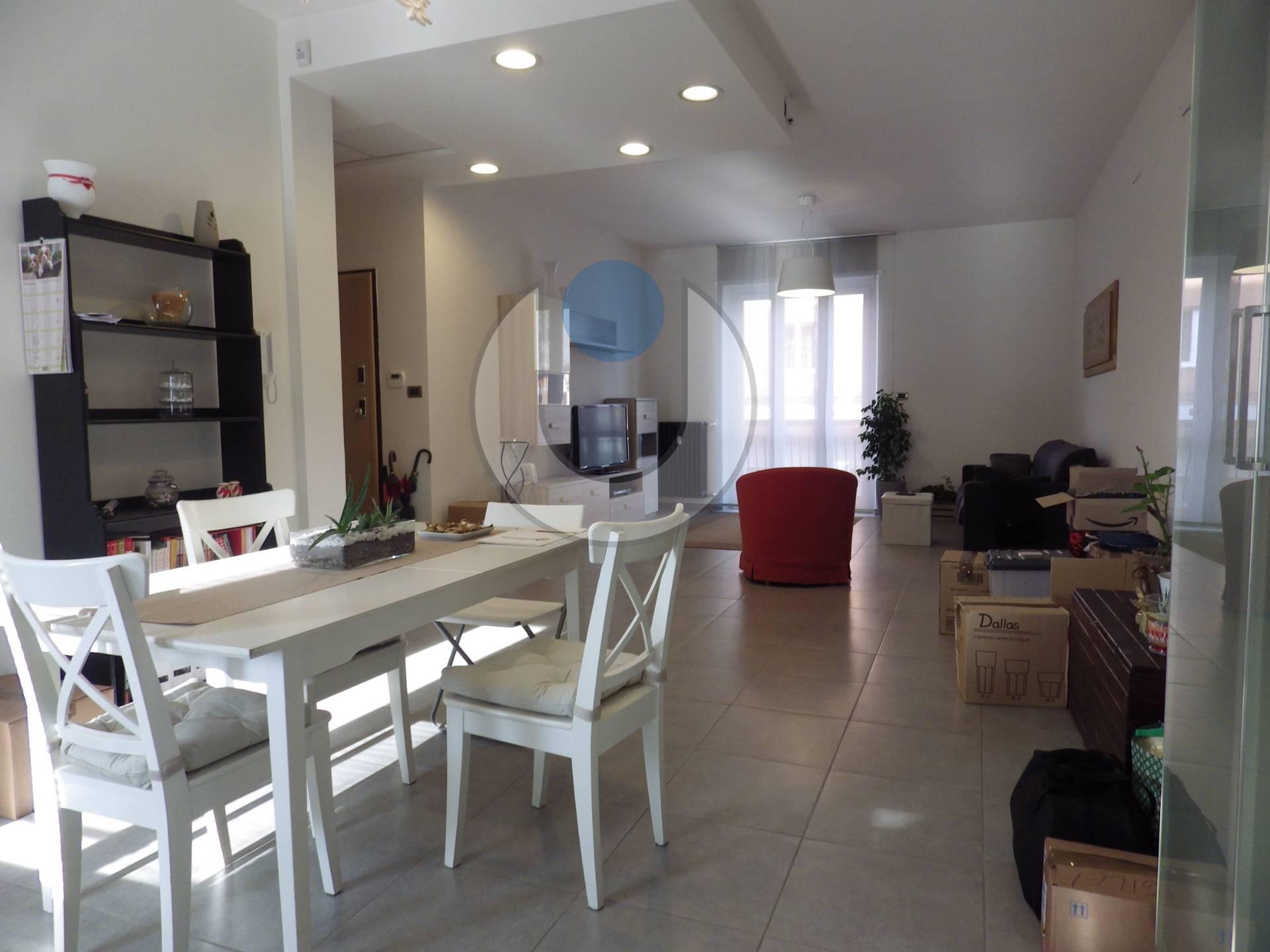 Foto 1 di Appartamento via Mincio, Rivoli