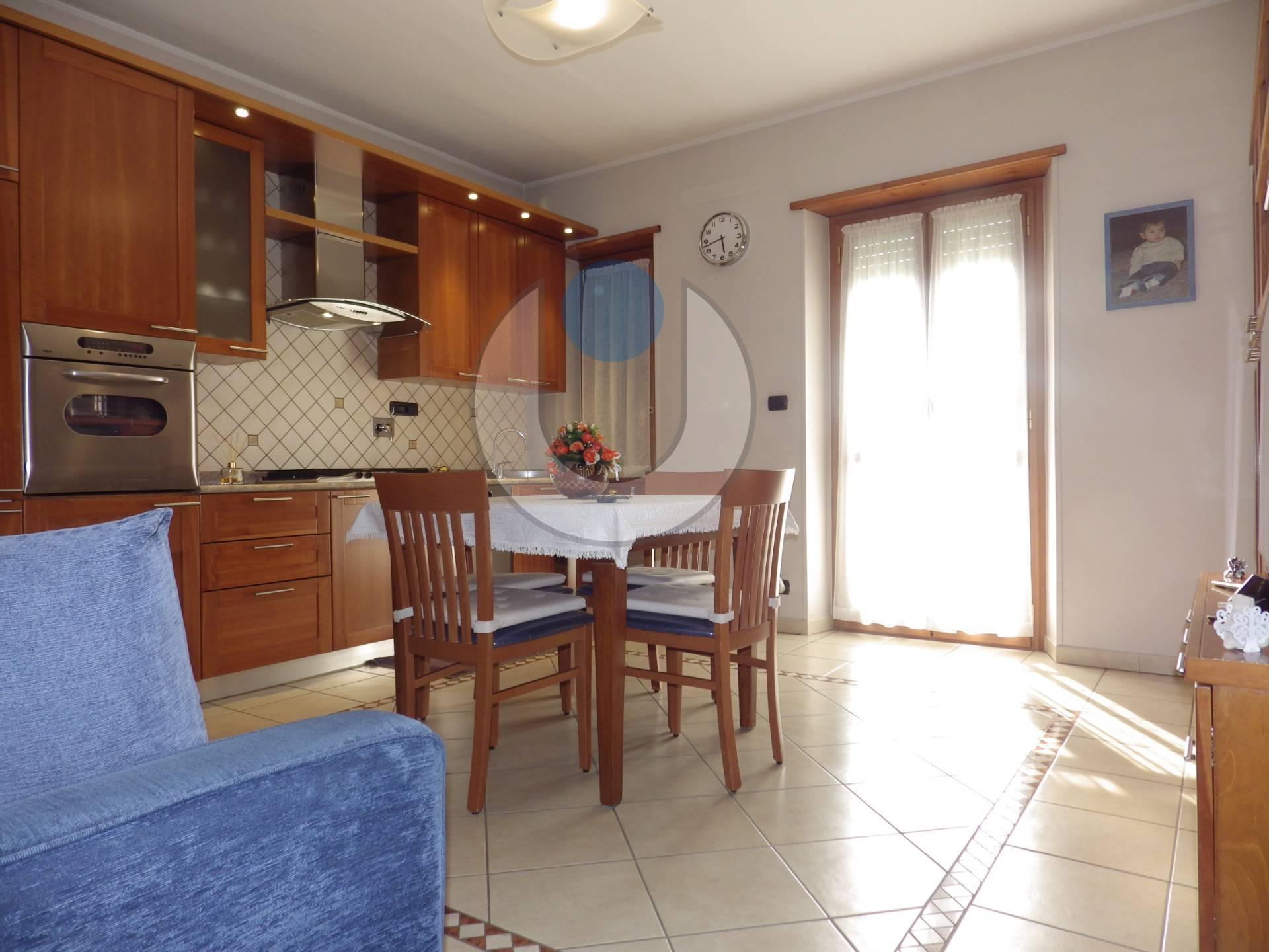 Foto 1 di Appartamento via Damaso, Grugliasco
