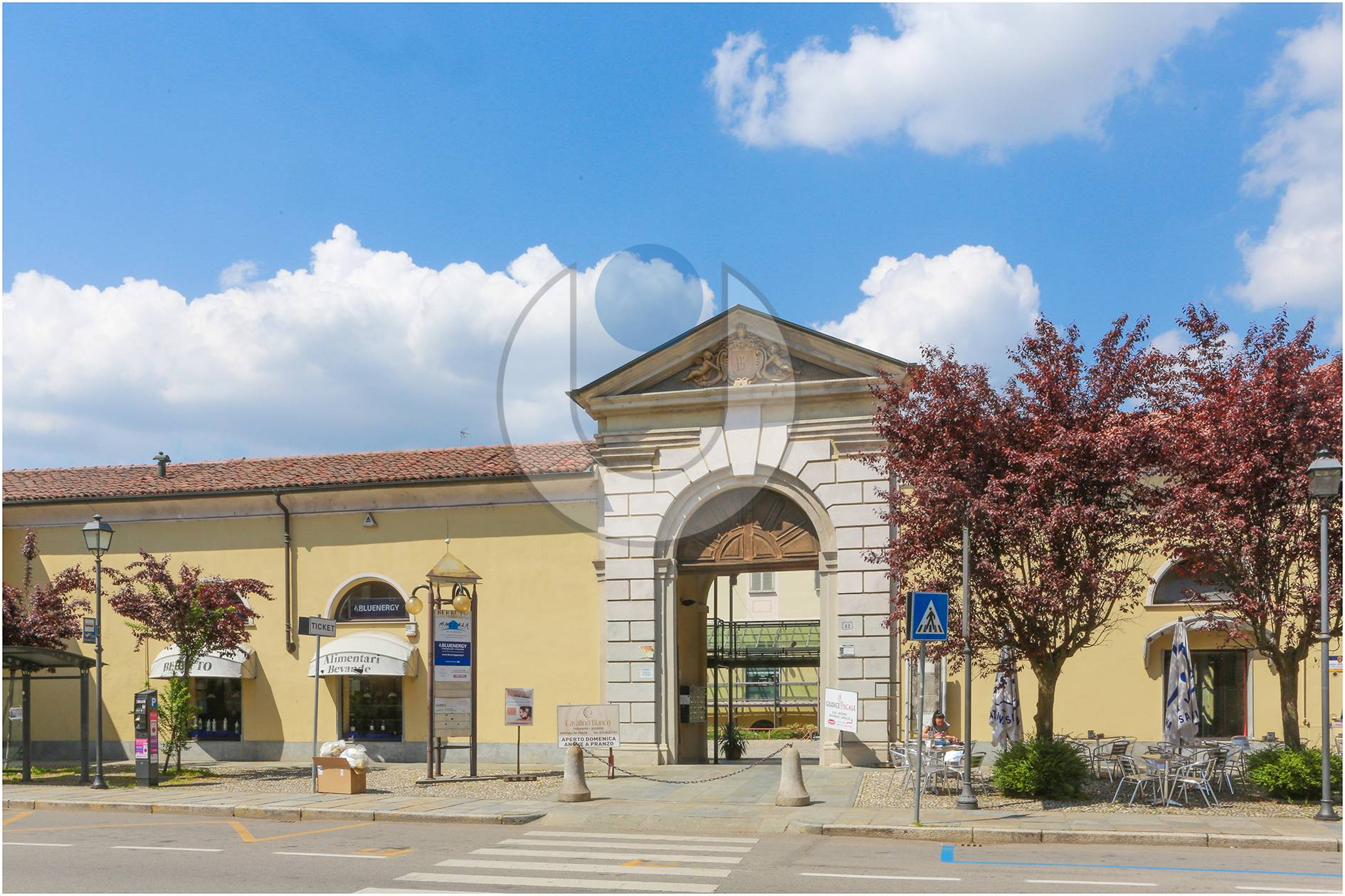 Cessione attività in vendita Centro-Via Palazzo di Città Chieri