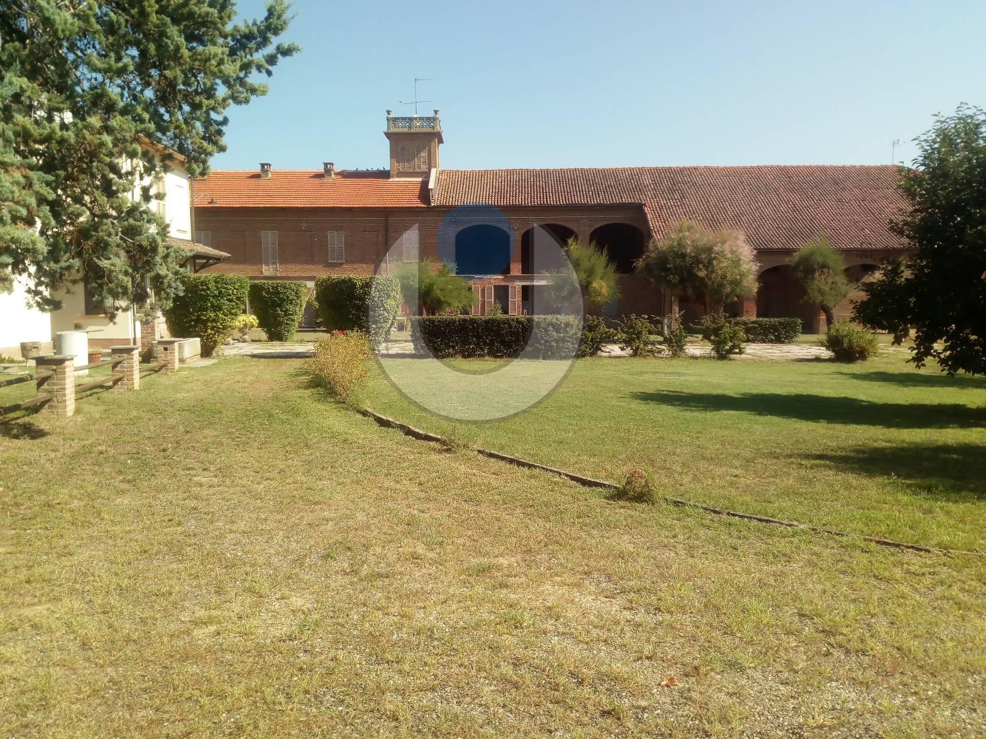 Foto 1 di Villa Via Garibaldi, Bruno