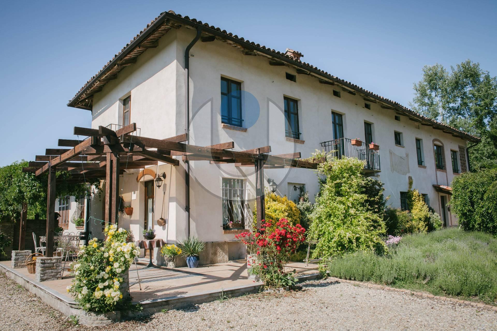 Foto 1 di Rustico / Casale Castagnole Delle Lanze