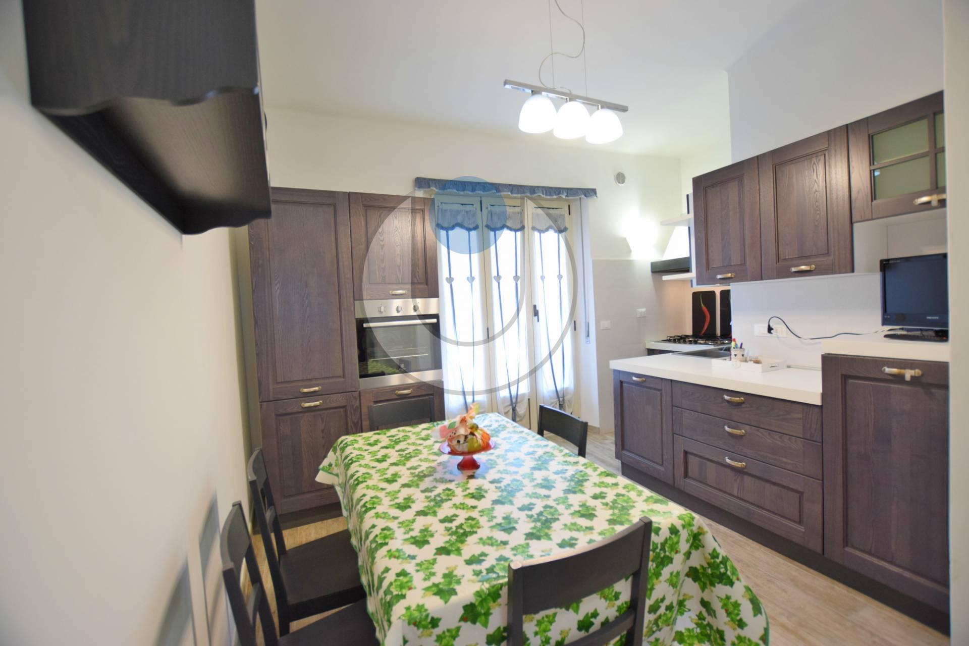 Foto 1 di Appartamento via Molino, Villastellone