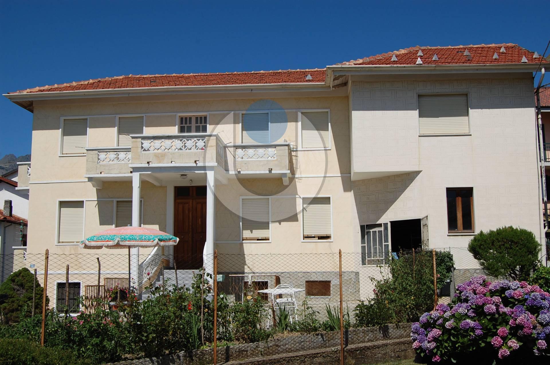 Soluzione Indipendente in vendita a Coazze, 8 locali, zona Località: Semicentro, prezzo € 95.000 | PortaleAgenzieImmobiliari.it