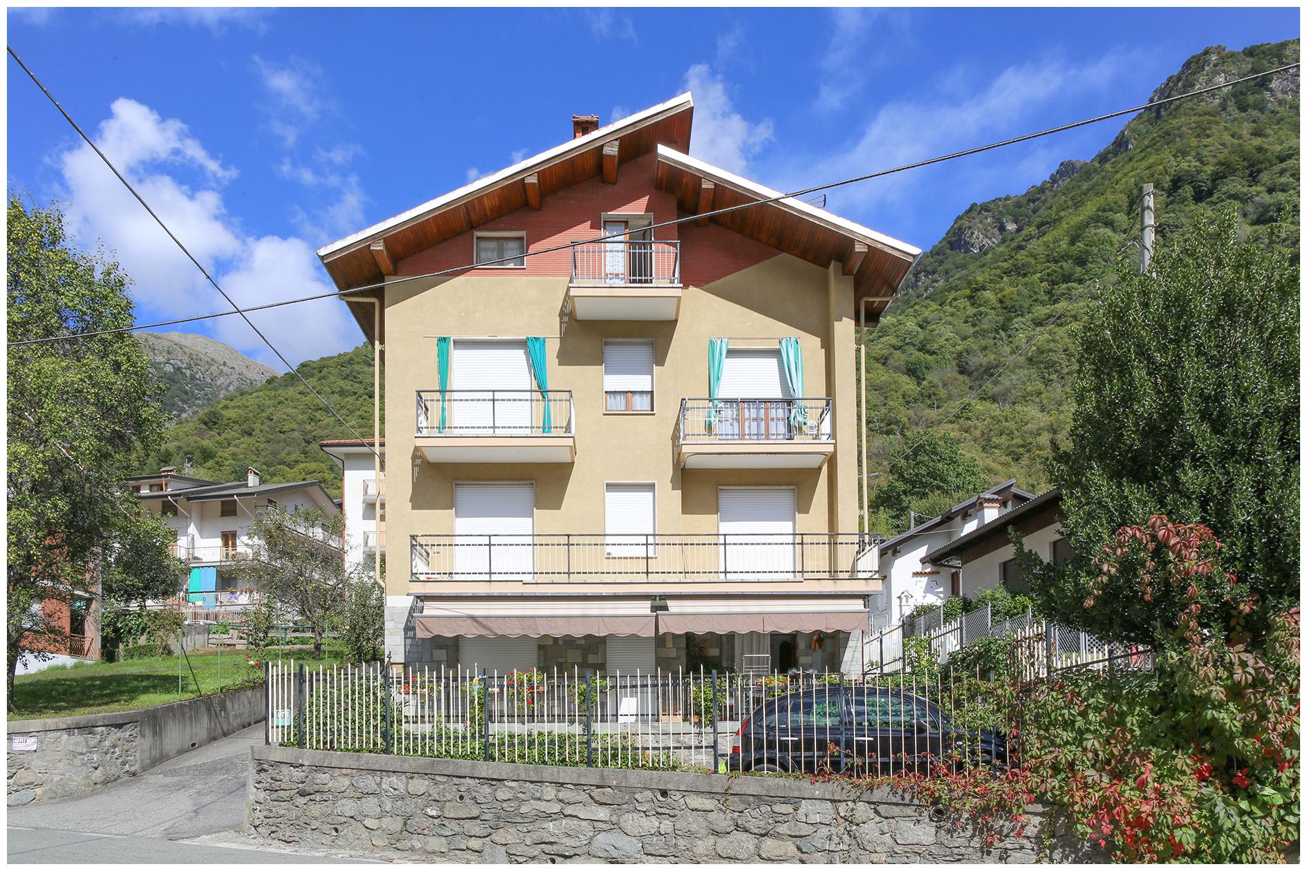 Foto 1 di Appartamento Via Roma, Cantoira