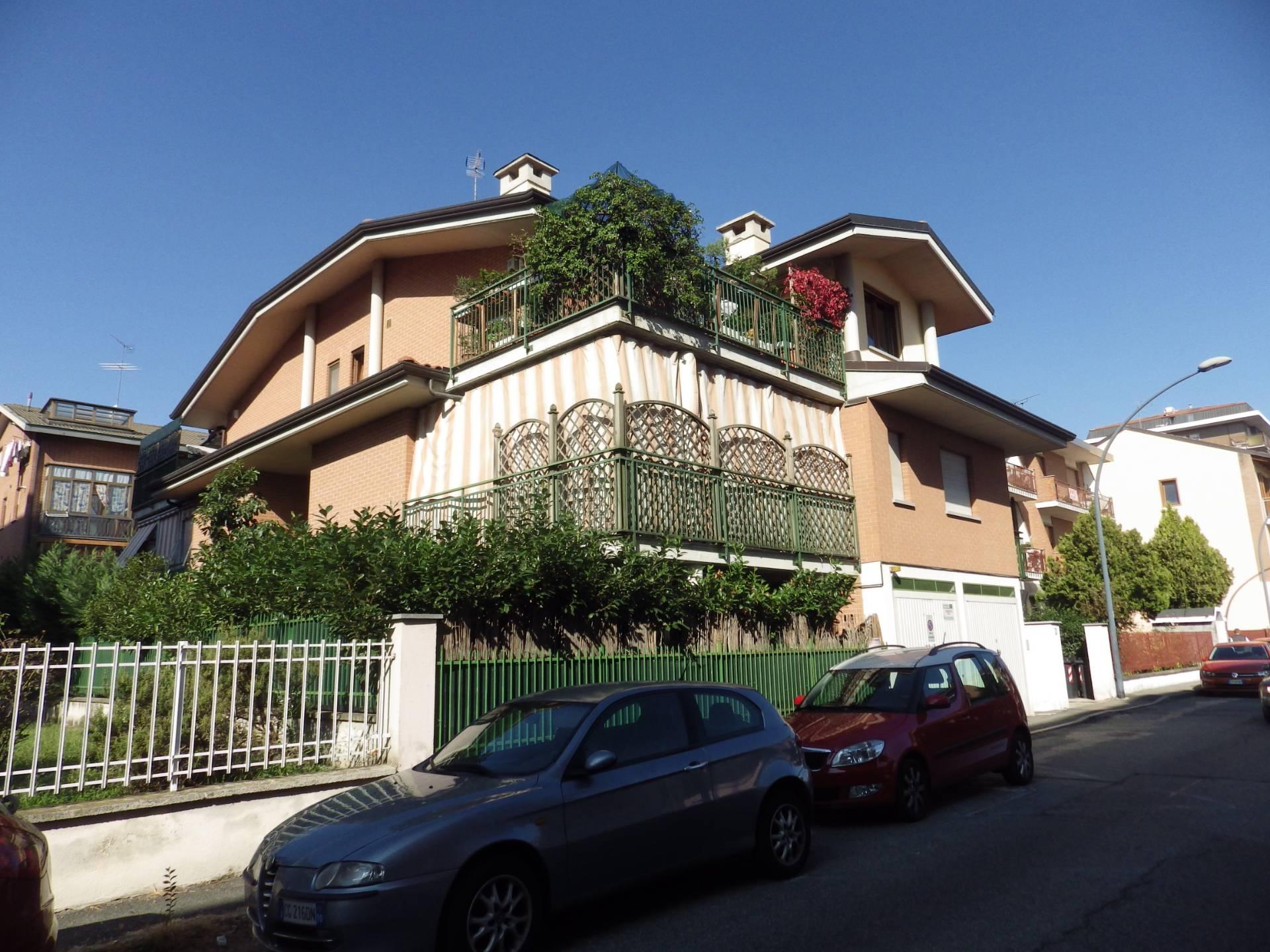 Appartamento in vendita a Collegno, 3 locali, zona Località: BorgataParadiso, prezzo € 189.000 | CambioCasa.it
