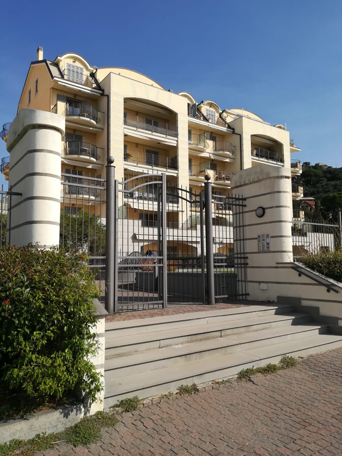 Appartamento in vendita a Finale Ligure, 2 locali, prezzo € 580.000   PortaleAgenzieImmobiliari.it