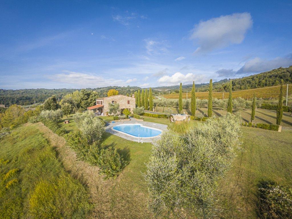 Farmhouse for Sale to Montecatini Val di Cecina