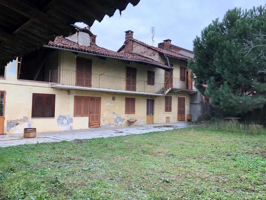 Rustico / Casale in Vendita a Piobesi Torinese