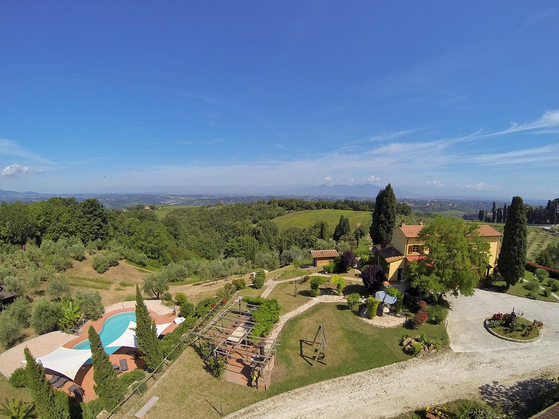 Farmhouse for Sale to Casciana Terme
