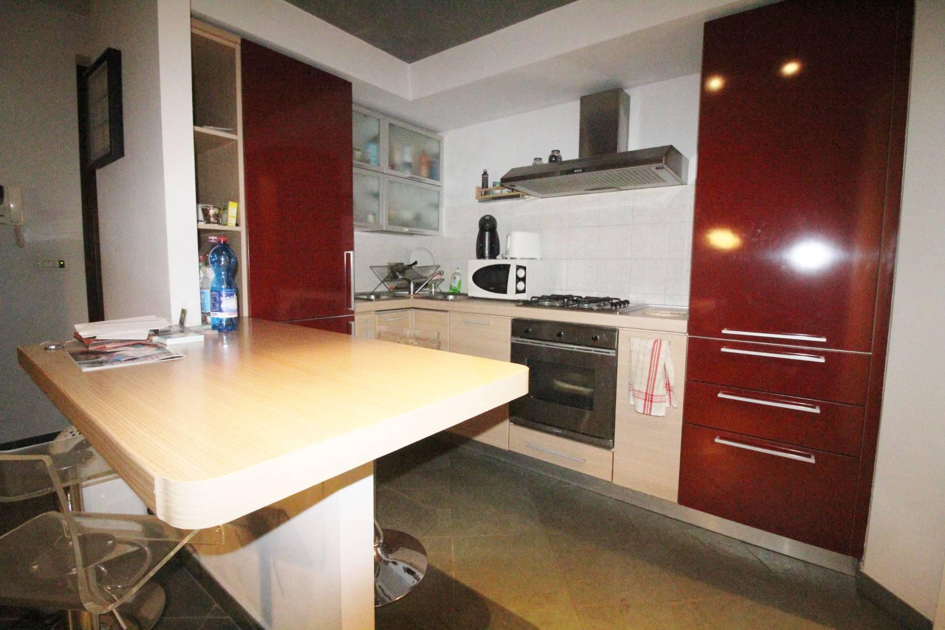 Appartamento in vendita a Rivoli, 2 locali, zona Località: CentroStorico, prezzo € 114.000   CambioCasa.it