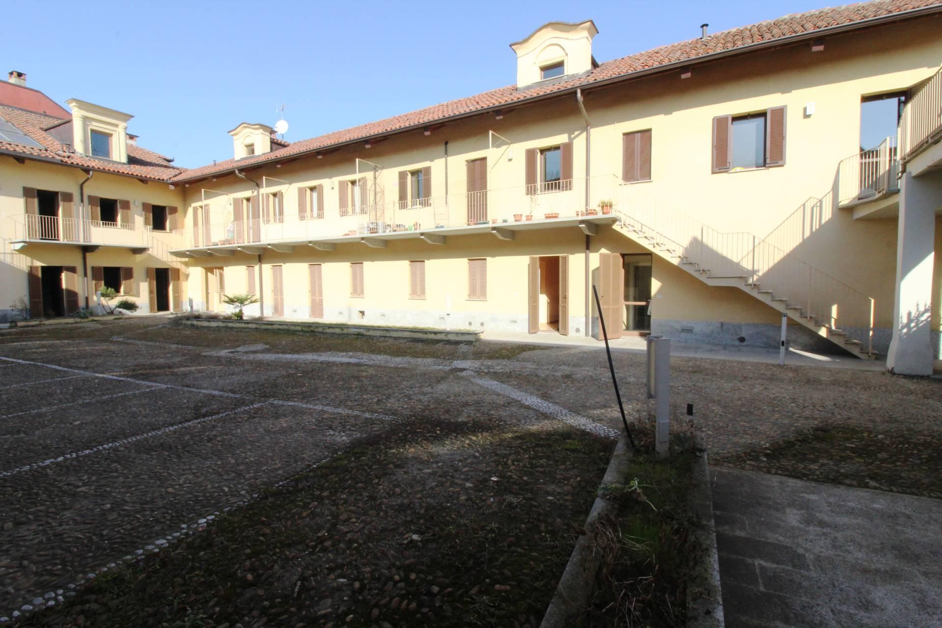 Appartamento in vendita a Venaria Reale, 3 locali, zona Località: CentroStorico, prezzo € 170.000 | CambioCasa.it