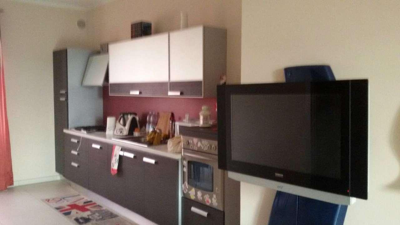 Appartamento in affitto a Piobesi Torinese, 3 locali, zona Località: Centrale, prezzo € 500 | PortaleAgenzieImmobiliari.it