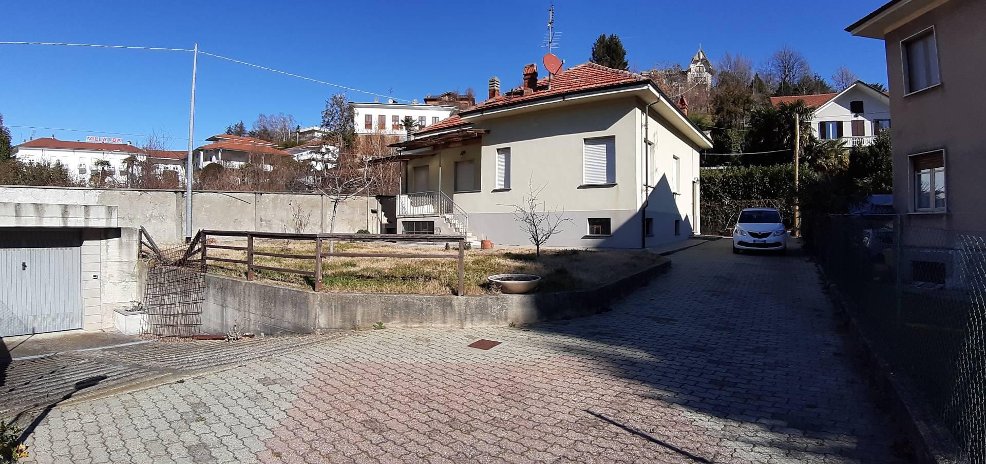 Villa in vendita a Lanzo Torinese, 7 locali, zona Località: Semicentrale, prezzo € 178.000   PortaleAgenzieImmobiliari.it
