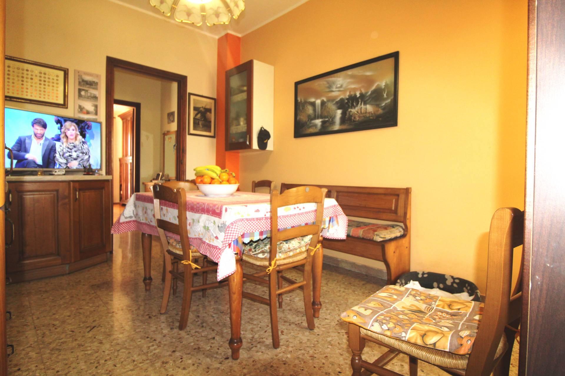 Appartamento in vendita a Rivoli, 2 locali, zona Località: CascineVica(to, prezzo € 94.000 | CambioCasa.it