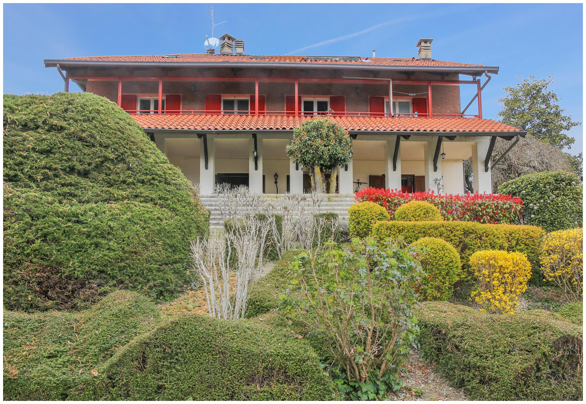 Villa Bifamiliare in vendita a Pavarolo, 12 locali, zona Località: Collinare, prezzo € 407.000 | CambioCasa.it