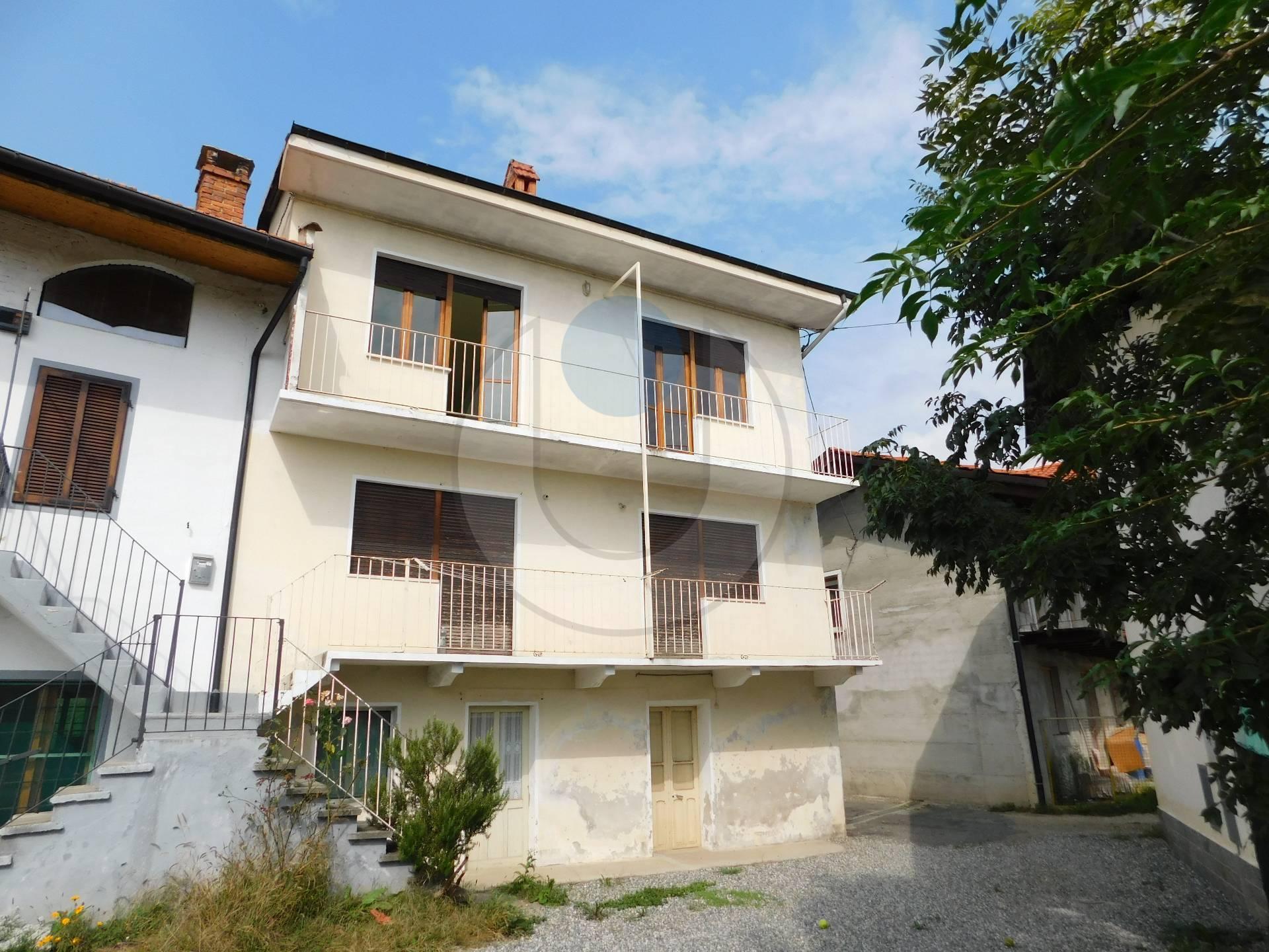 Appartamento in vendita a Coazze, 3 locali, zona Località: ComodaAlCentro, prezzo € 42.000 | PortaleAgenzieImmobiliari.it