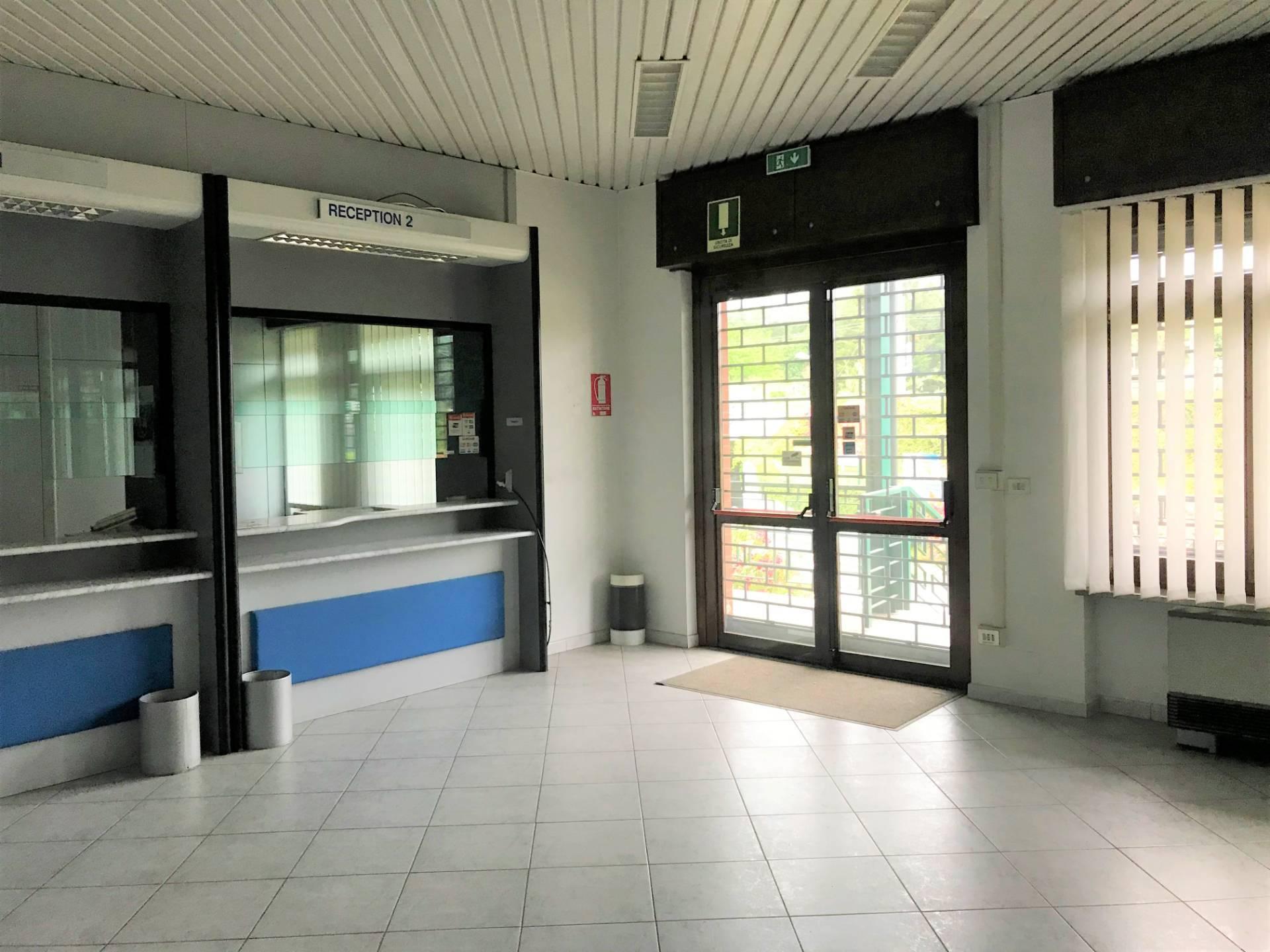 Negozio / Locale in vendita a Avigliana, 9999 locali, zona Località: Semicentro, prezzo € 615.000   CambioCasa.it