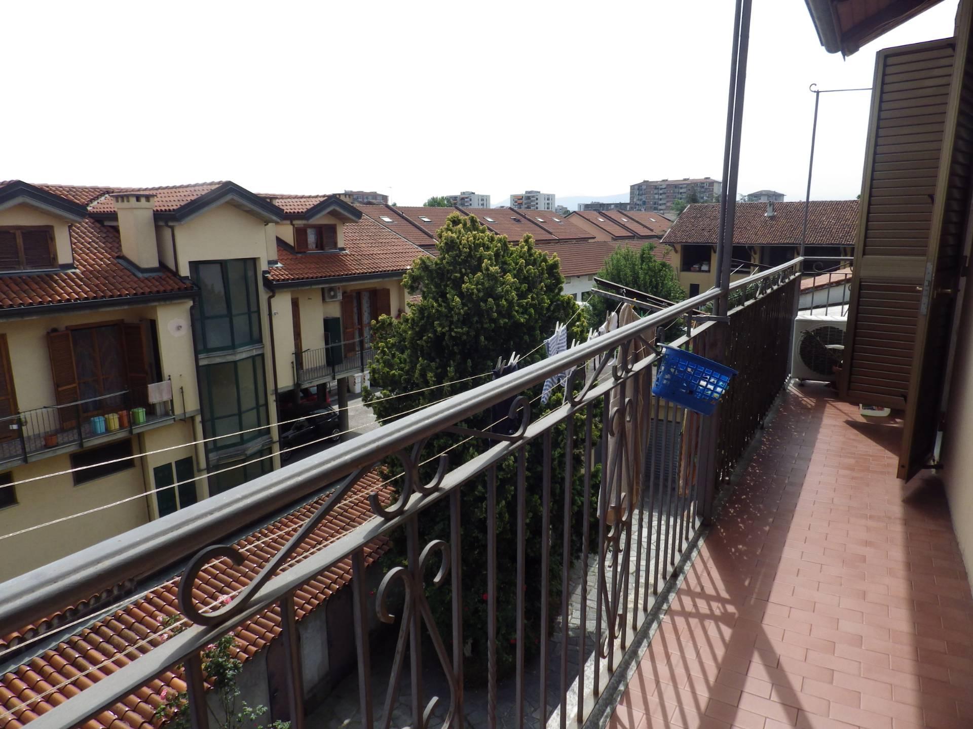 Appartamento in vendita a Grugliasco, 2 locali, zona Località: CentroStorico, prezzo € 75.000 | CambioCasa.it