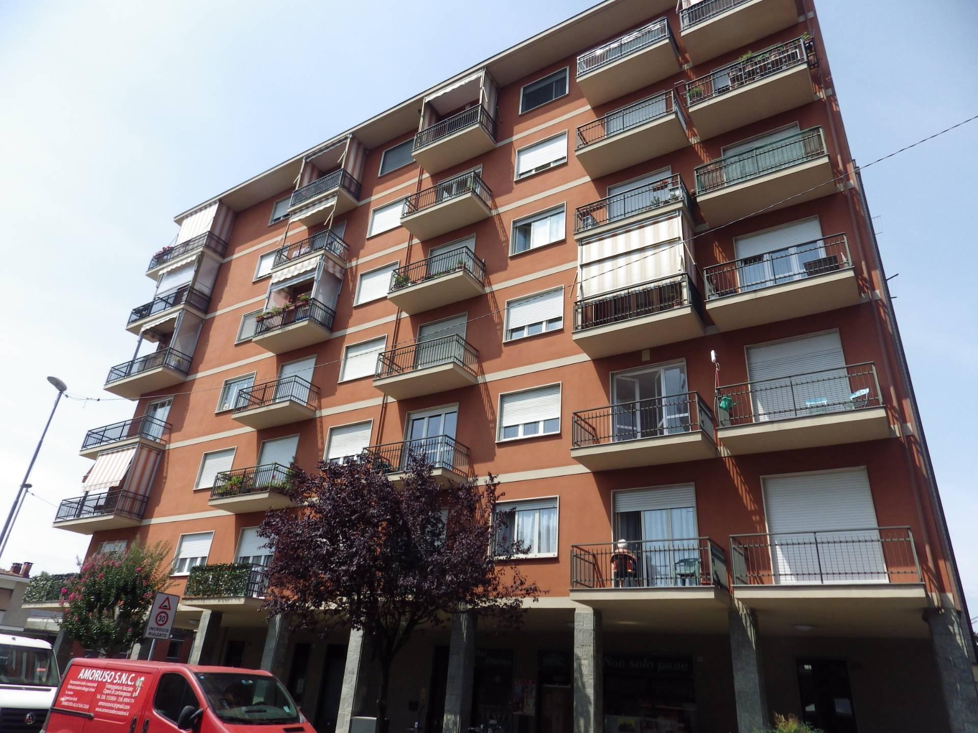 Appartamento in affitto a Collegno, 2 locali, zona Località: BorgataParadiso, prezzo € 500 | CambioCasa.it