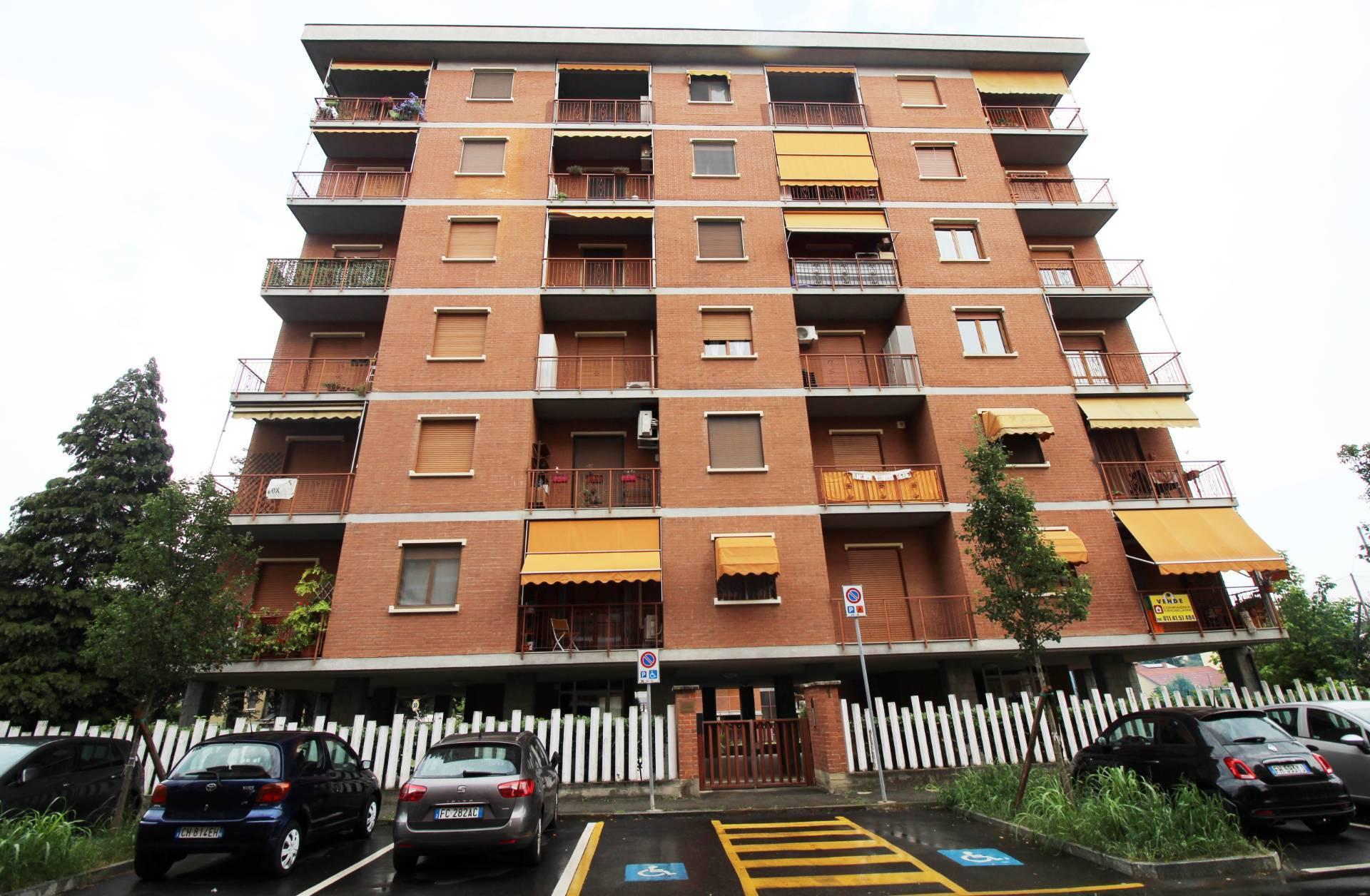 Appartamento in vendita a Collegno, 3 locali, zona Località: BassoDora, prezzo € 149.000 | CambioCasa.it