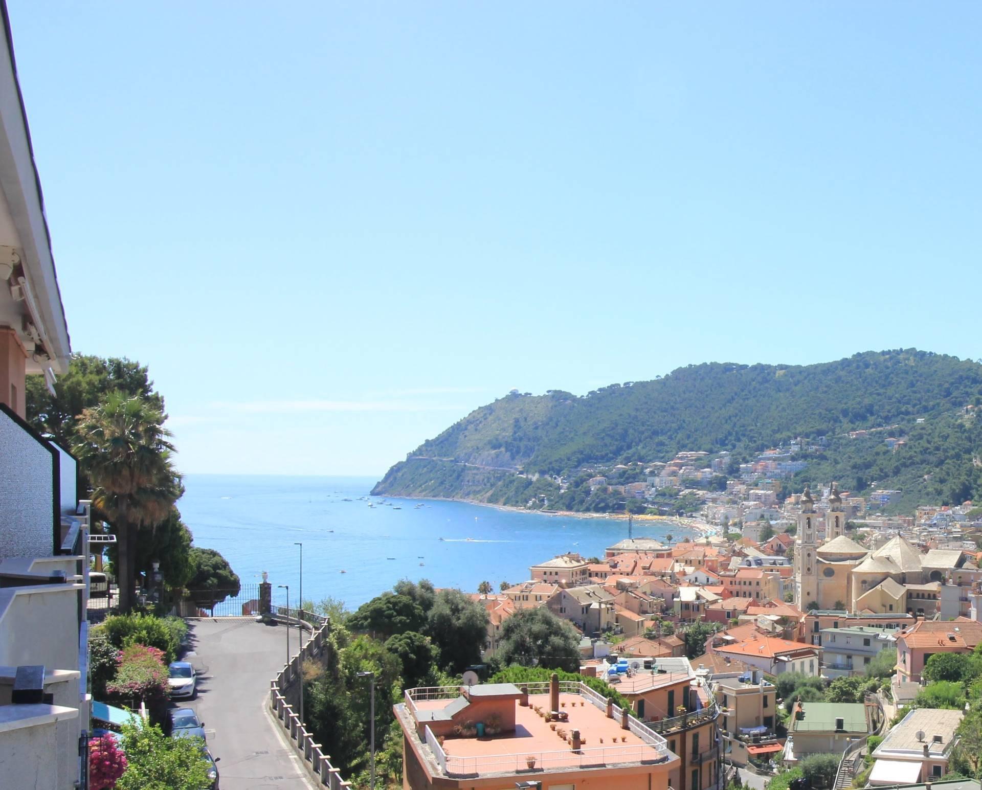 Appartamento in vendita a Laigueglia, 3 locali, prezzo € 230.000 | CambioCasa.it