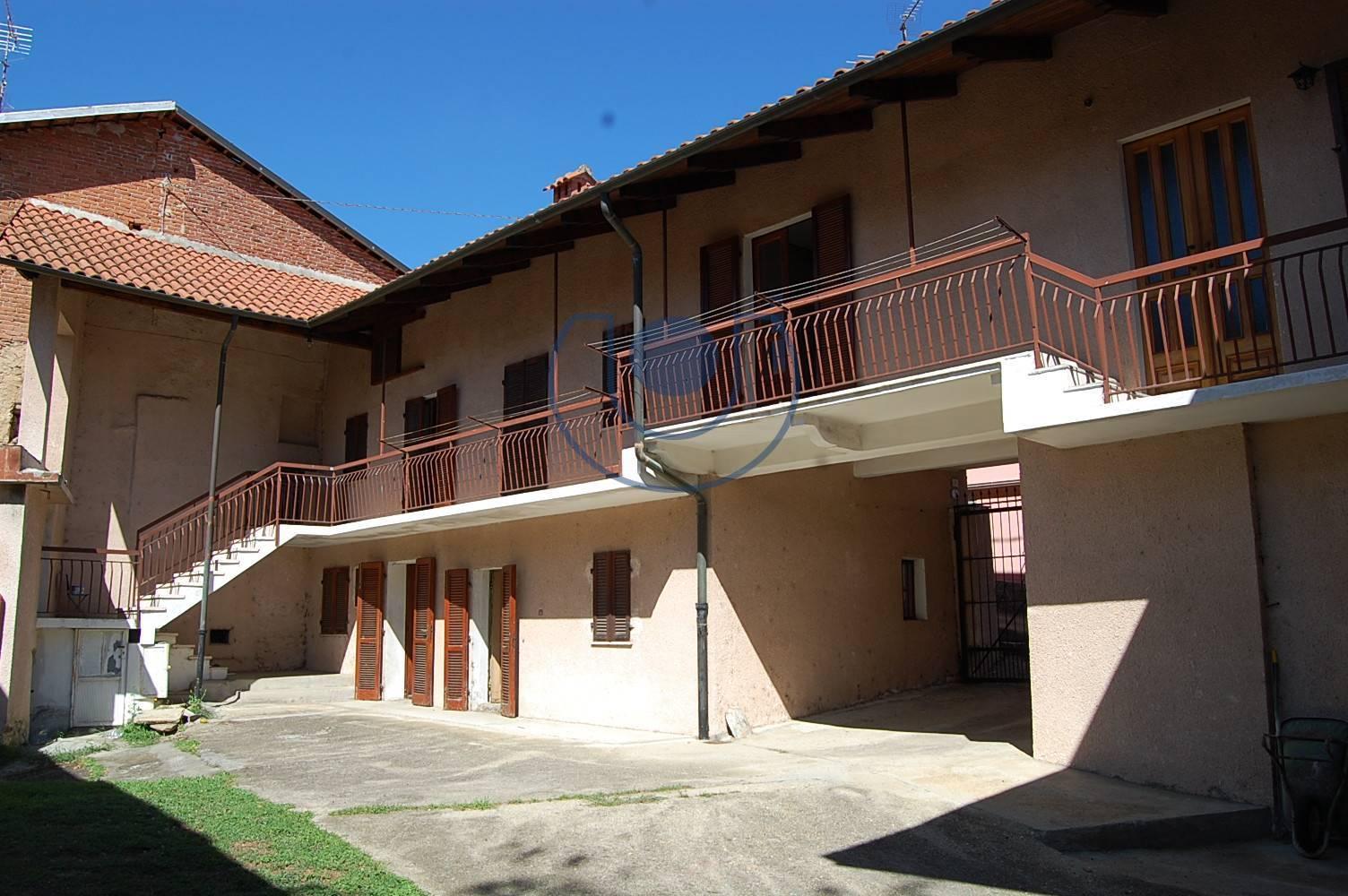 Altro in vendita a Giaveno, 11 locali, prezzo € 139.000 | PortaleAgenzieImmobiliari.it